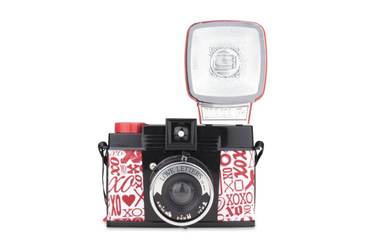 Diana F + Flash Love Letters фото №1