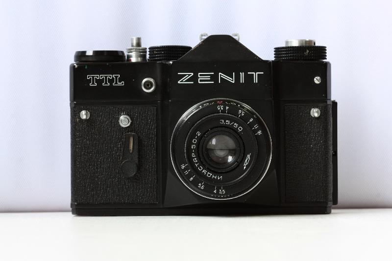 как можно использовать старый фотоаппарат зенит без