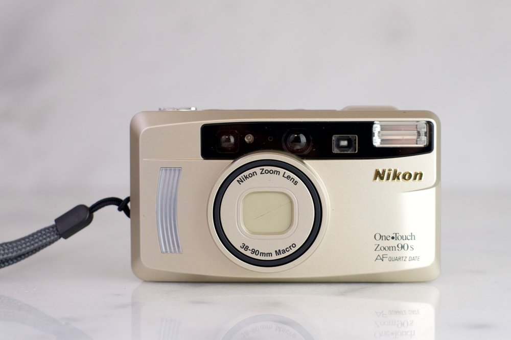 Nikon One Touch Zoom 90s фото №1