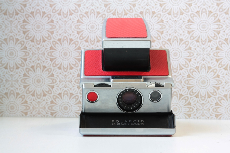"Polaroid SX-70 Land Camera ""Red"" фото №1"