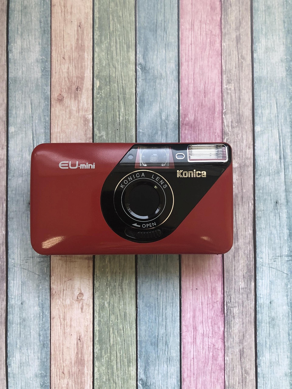 Konica EU-mini red фото №1