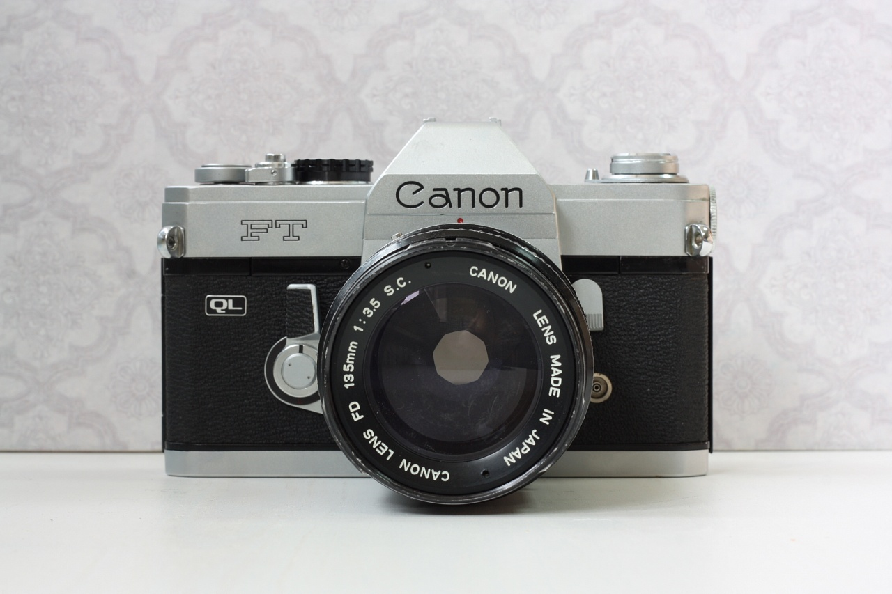canon ft ql + canon fd 135 mm f/3.5 s.c.