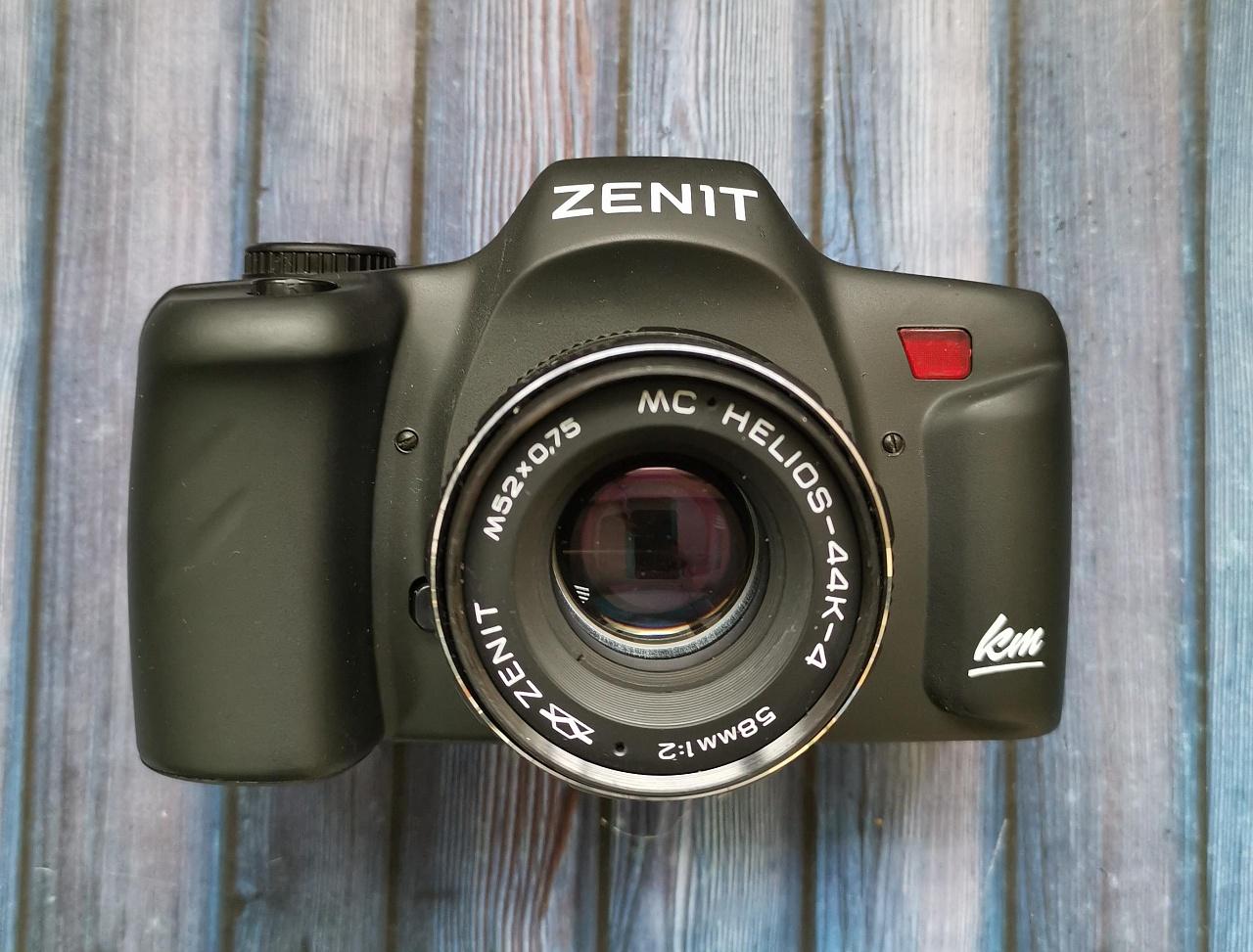 Какой фотоаппарат из зенитов лучше что